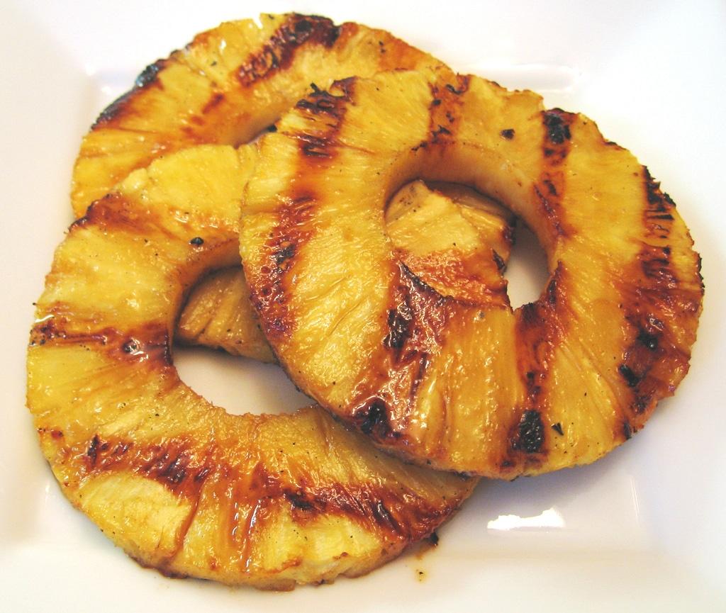 Grillet ananas med kokos