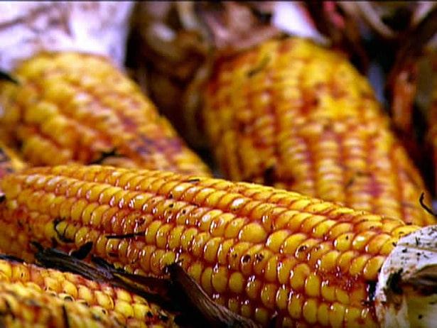 Grillede Majskolber – Sådan laver du perfekte majs på din Webergrill!
